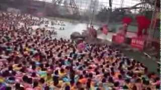 Everthing In China is Crowded Even The Wave Pool