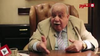اتفرج| المستشار يحيى قدري: لا يوجد ما يمنع أحمد شفيق من العودة