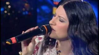 Laura Pausini  - Il mio canto libero (Live HQ)