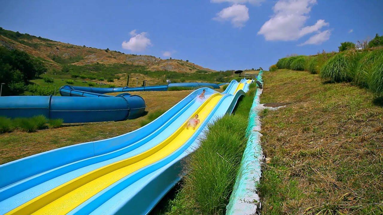 Divertirsi naturale villaggio della salute pi - Villaggi con piscine e scivoli ...