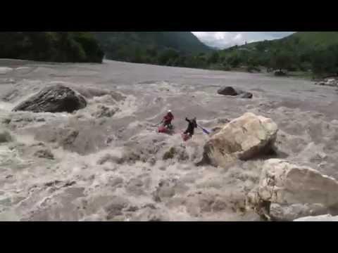 Nepal white water - katamaran Sun Koshi
