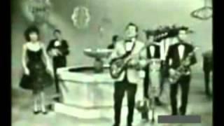 Mike Laure y sus Cometas - Quiero Amanecer