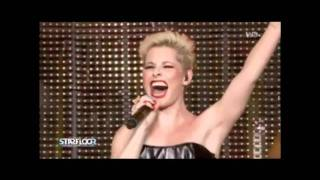 Soraya Feat Antoine Clamaran Medley Live Your Dreams Stickshift Feeling You Live At Starfloor
