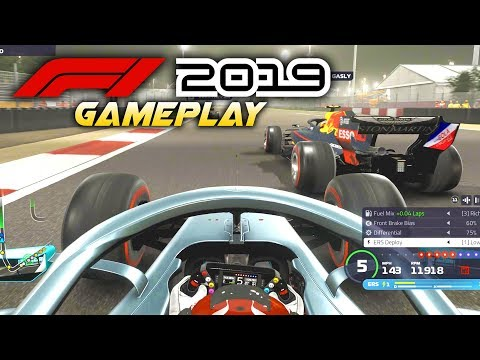 F1 2019 Exclusive Gameplay! Race with Lewis Hamilton at BAHRAIN! (F1 2019 Game Mercedes)