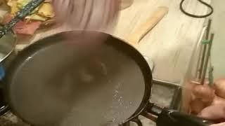 Обжорство на ночь - стопка блинов