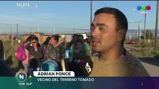 36 FAMILIAS QUE NO PUEDEN PAGAR MÁS SUS ALQUILERES TOMARON UN TERRENO EN BARRIO CABILDO