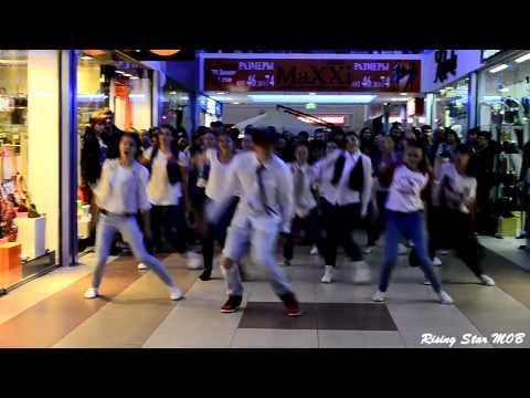 Видео: Предложение руки и сердца Волгоград - Лучший танцевальный флешмоб ФМ2013