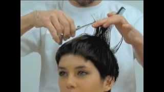 Стрижки на короткие волосы. Ретро стиль!(Техника стрижки на коротки волосы. Все о волосах на http://volosyikrasota.ru/. Фото красивых причесок, стрижек, уход..., 2012-04-10T10:24:22.000Z)