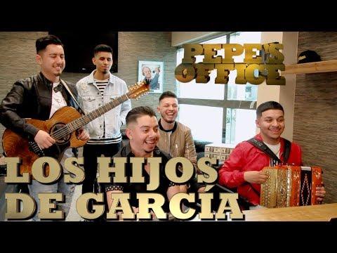 LOS HIJOS DE GARCÍA VISITAN A PEPE GARZA - Pepe's Office