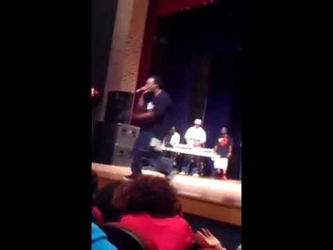 KGtheArtist performs Techno Trapp Live @ South Carolina State University.. Bulldog Idol