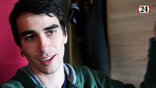 Dylan, 21 ans, atteint du syndrome de la Tourette