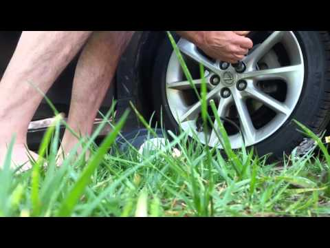 How To Properly Tighten Your Car / Truck / Vehicle Tire / Wheel / Rim Lug Nuts