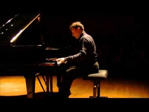 Francesco Libetta plays Sonata No. 32 Op. 111 by Ludwig van Beethoven (Paris, November 2012)