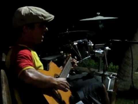 Manu Chao INTRO - Icaraizinho, Brasil mp3
