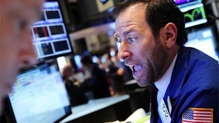 Wall Street Selloff: What's Causing Dow's Dive?