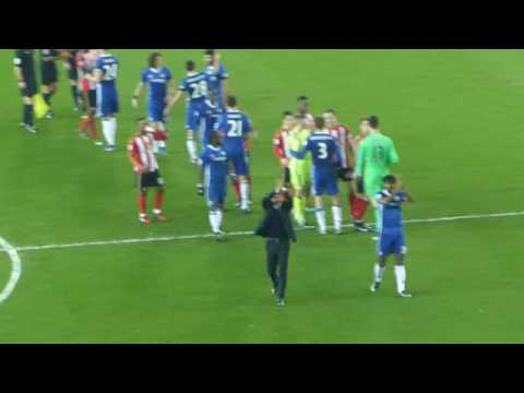 SUNDERLAND 0 CHELSEA 1  14.12.16  PLAYERS AND CONTE APPLAUDING FANS