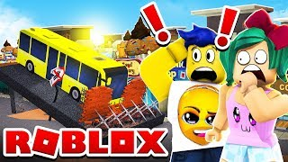 WE DETROZE OUR NEW CARS in ROBLOX! 💣😂 Car Crushers 2