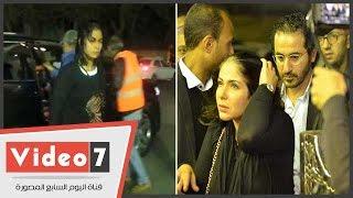 أحمد حلمى ومنى زكى فى عزاء والدة عمرو وشريف عرفة.. والظهور الأول لـ