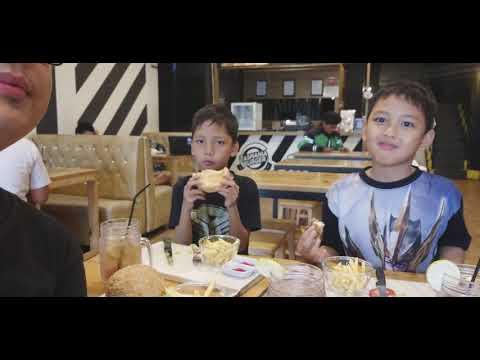 Kuliner Bogor Di TASMANIA BURGER 🍔 - TANGGUH SATRIA PUTRA
