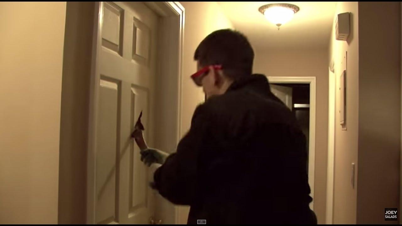 & Bashing Sister\u0027s door - Funny Pranks on Family - YouTube