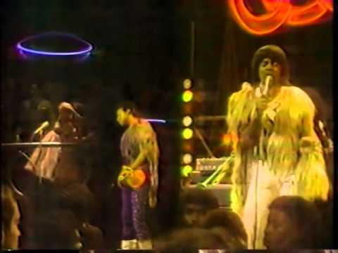 """""""Anticipation"""" - The Bar-Kays (Live in Soul Train, 1983)"""