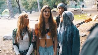 Trippy Hippy | Hannah Stocking & Inanna Sarkis