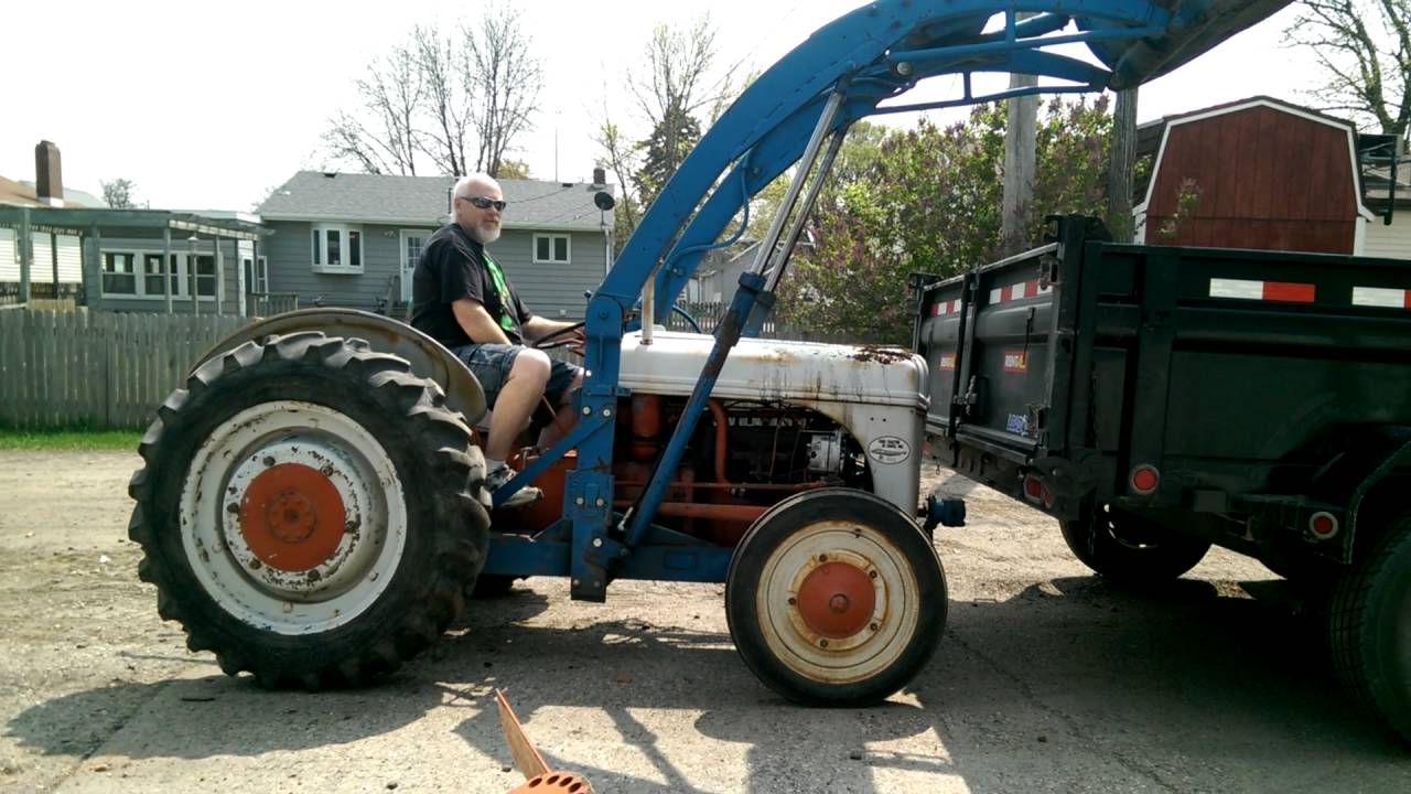 Ford 9n Loader : Ford n doing some loader work youtube