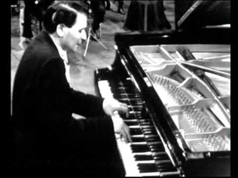 JULIUS KATCHEN on piano''BRAHMS HUNGARIAN DANCES no 5.wmv