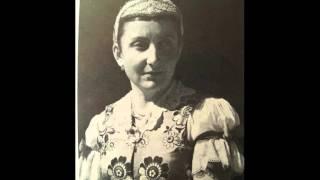 Monika Kandráčová - V širim poľu ľiščina (Slovak Folk Song)