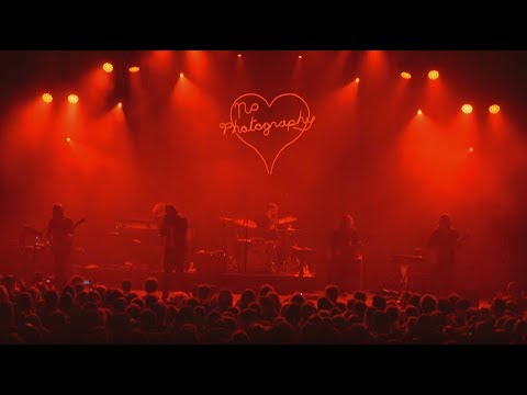 Father John Misty - I Love You Honeybear [LIVE]