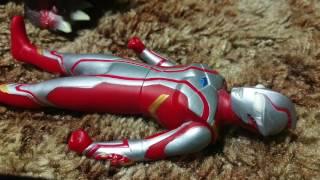 Ultraman Mebius takes on DESTROYAH!