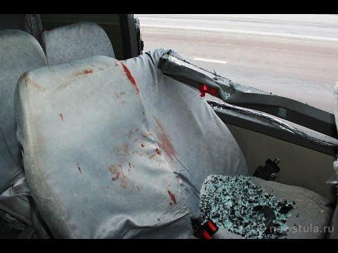 В Тульской области столкнулись фура из Липецка и автобус из Орла. 31.01.2015