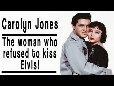 Why did Carolyn Jones refuse to kiss Elvis Presley?