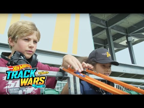 Special Edition: Indy 500 Trailer  Track Wars  Hot Wheels