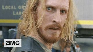 The Walking Dead: 'Daryl is Missing' Sneak Peek Ep. 711 by : amc
