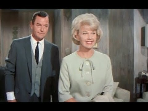 That Touch of Mink (1962) - Doris Day and Gig Young make a plan