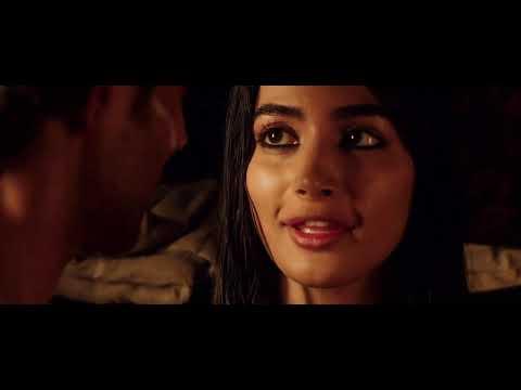 Download Pooja Hegde Romantic Scene   Hritik Roshan Kiss Scene   Bollywood Romantic Scene