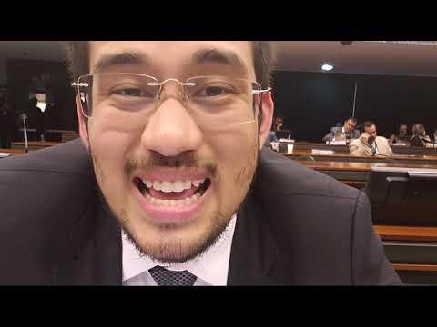 URGENTE: agressão na comissão de educação