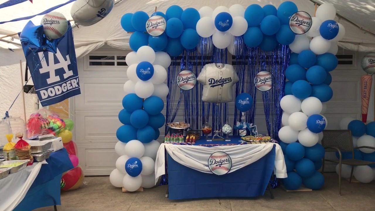 Dodgers party decoration / decoración de dodgers