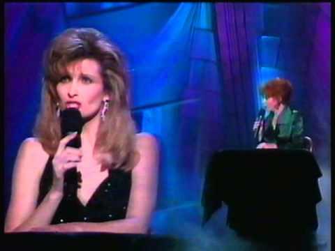 Reba Mcentire Linda Davis Does He Love You Hot Country Jam '94