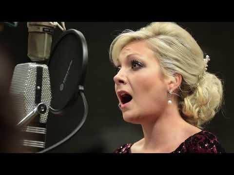 Christmas with Christina Johnston feat. Matthew Sheeran