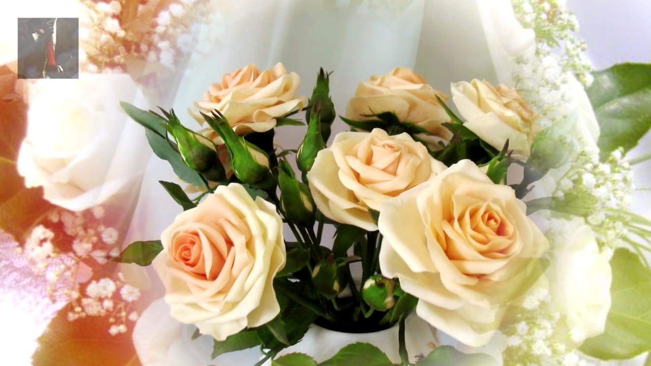 И круг и в.королев букет из белых роз