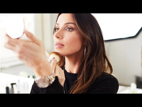 INSIDE the Launch of La Mer SkinColor De La Mer Sheer Pressed Powder with Mary Phillips Featuring