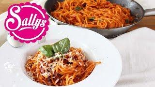 One Pot Spaghetti mit Tomatensoße / Pasta-Gericht in 15 Min. aus einer Pfanne