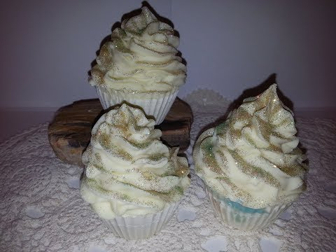 how-to-make-cupake-soaps-with-buttercream-frosting-fragrance-great-gifts-for-showers