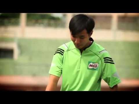 Video dạy bóng đá: Kỹ thuật đá bóng bằng lòng và mu bàn chân