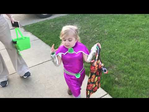 Audrey Nethery Trick or Treating!!