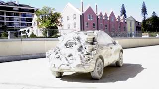 SEAT SUV 15,000 KG OF CEMENT