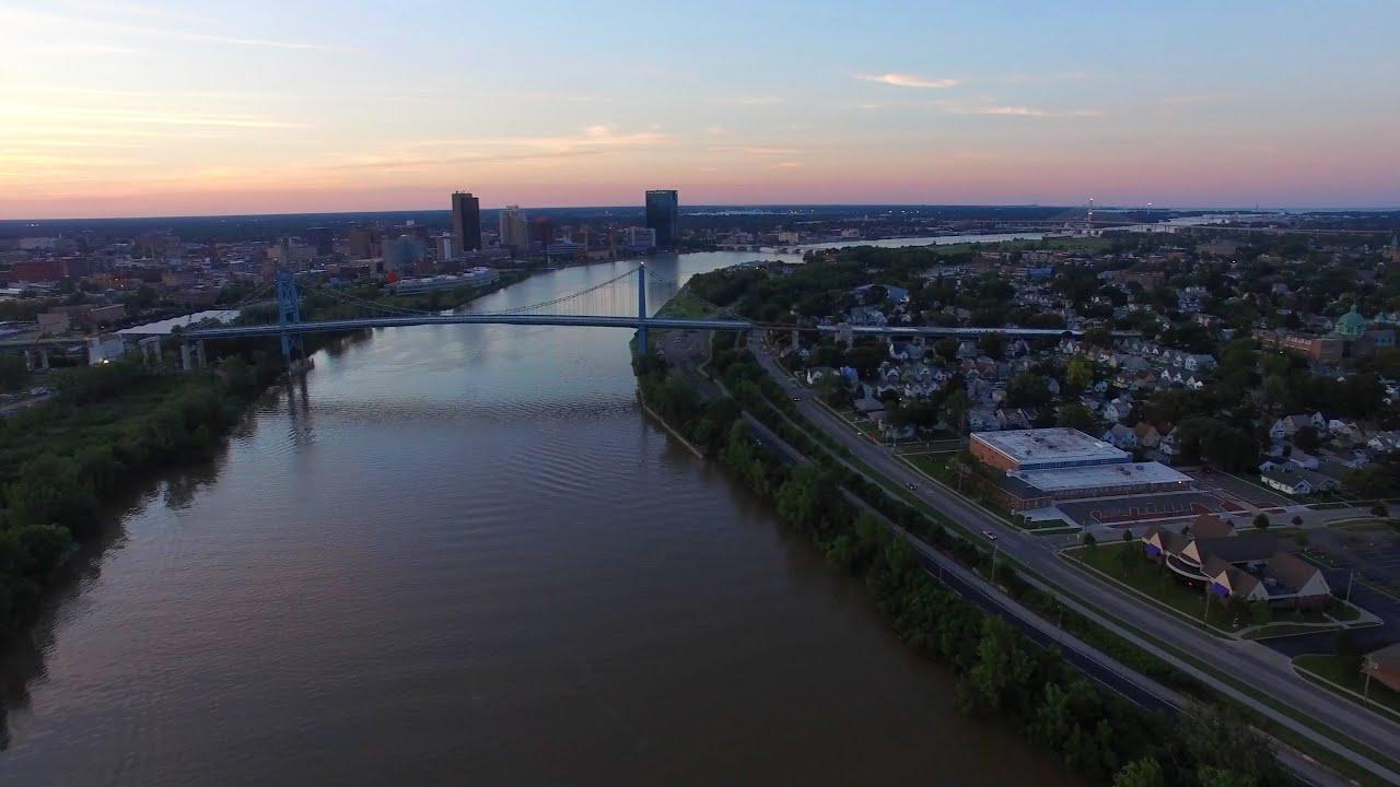 Ohio lucas county maumee - Maumee River In Toledo Ohio Aerial Video