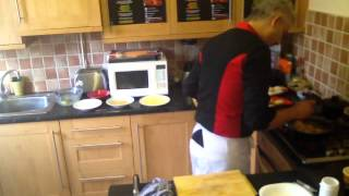 Barry Cooking Home 44